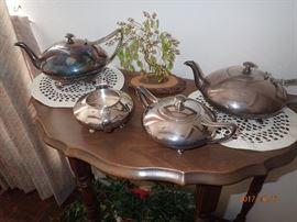 Hall table with a tea set