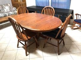 Oak pedestal dining table set