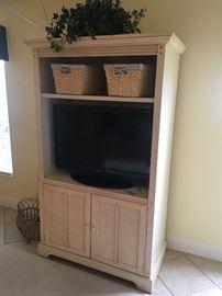off white TV Cabinet