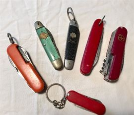 Vintage Girl Scout Pocket Knives; Camp knives  http://www.ctonlineauctions.com/detail.asp?id=640654