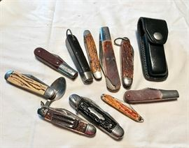 Collection of Pocket/Camping Knives  http://www.ctonlineauctions.com/detail.asp?id=640656