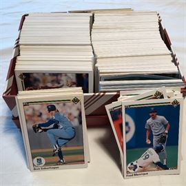Baseball Card Lotteryhttp://www.ctonlineauctions.com/detail.asp?id=641199
