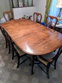 Kincaid Dining room table and chairs