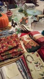 Cloth Napkins, Tableware