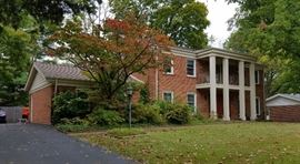 11 Glen Cove Residence