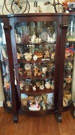 Beautiful cabinet *****Please note some items on display may not be for sale!