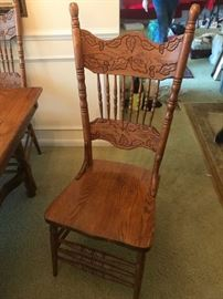 #4	Oak Table w/6 chair   41x52 	 $220.00