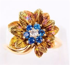 Lot 375 - Jewelry 14kt Yellow Gold Flower Ring