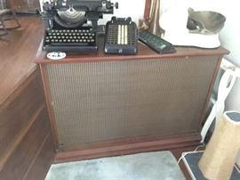 Vintage mid Century modern Bozak b-305 speakers