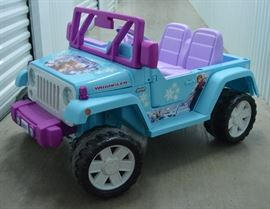 """Frozen"" Kid's Jeep by Fisher Pricehttp://www.ctonlineauctions.com/detail.asp?id=641894"
