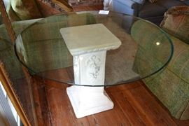 Large pedestal table with HEAVY glass top!