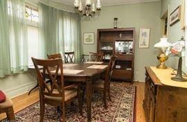 brand new dinningroom set