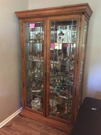 Beautiful Oak leaded glass curio