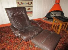 Kebe leather recliner and ottoman