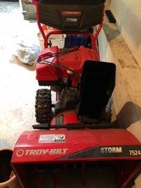 Excellent condition Troy-Bilt snow blower