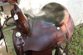 Horse Simco cutom saddle