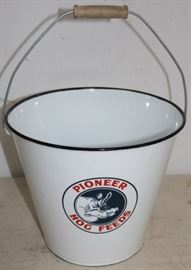 Pioneer hog feed bucket