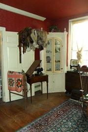 Antique & Vintage Fur Stoles,Antique Quilts,Antique Sewing Machines. Antique Corner Cabinet,Antique China.