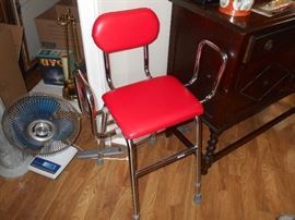 Handicapped assist chair