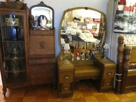 Art Deco Waterfall Vanity, Great Shape! Antique Victorian Tiger Oak Bow Glass Side By Side Bookcase And Secretary