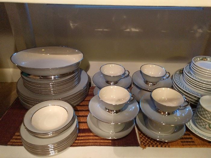 36-piece set of Flintridge china, CA