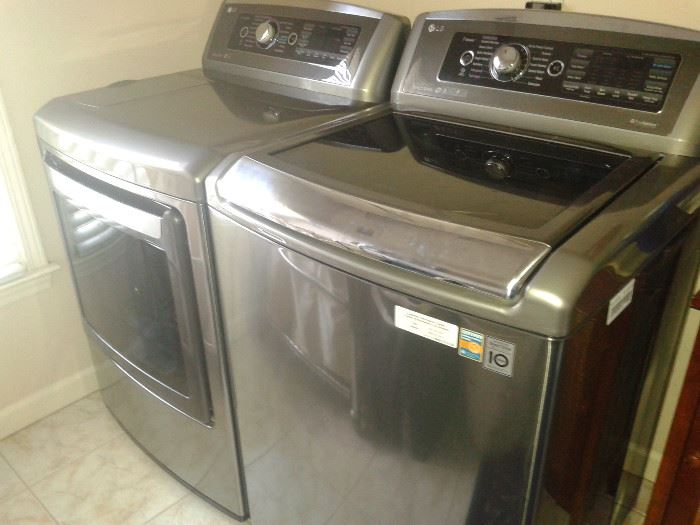 LG Washer and Dryer EXTRA Large Capacity with staem function.