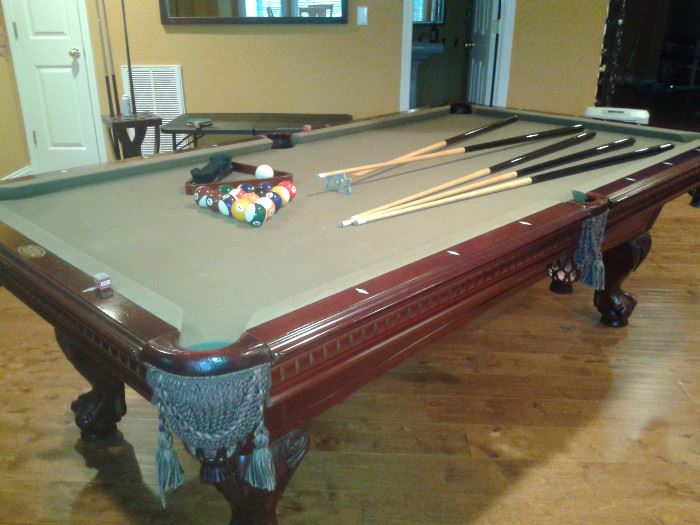 American Heritage Pool Table, comes with over the table ping pong table. Two in One!!