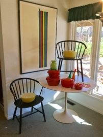 Authentic Knoll Tulip Table