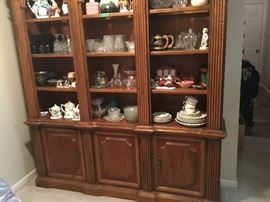 Bottom portion of wall unit