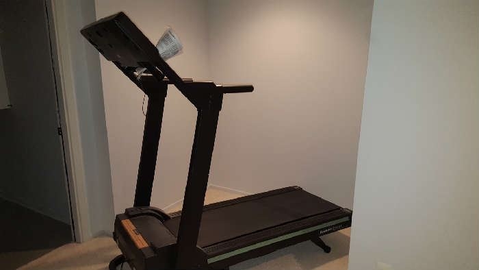 50 Smalls Treadmill Dresser Cocktail Starts On 11 8