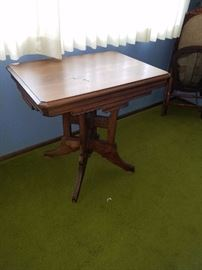 Antique Victorian Walnut Table