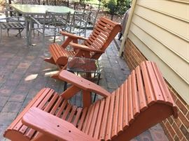 Pair of Pennsylvania Amish outdoor rocking chairs