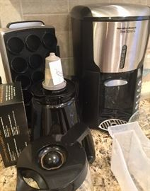 Keurig pod holder and carafe, Hamilton coffee maker