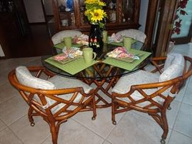 "Rattan Glass Top Dining Table with 4 chairs - 48"" Round X 29"" H"