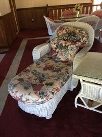 Other wicker chaise