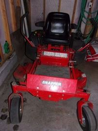 Snapper Zero Turn Mower 44 inch deck 238.5hours, Kohler command 8hp approx 6 years old