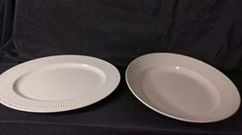 Mikasa Italian Countryside Serving Bowl and Platter