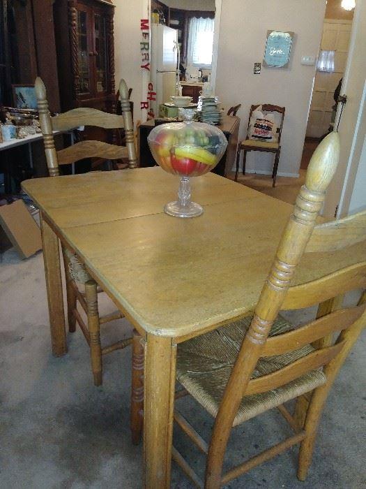 ... Primitive Kitchen Table Find Primitive At Estate Sales ...