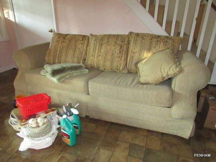Very nice sleeper sofa