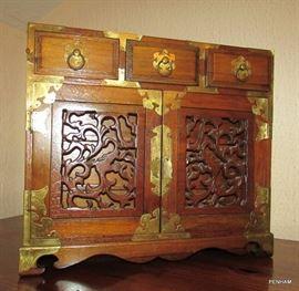 Ornate jewelry box