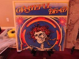 Grateful Dead Skull and Roses Original Print Vinyl in Superb Condition.