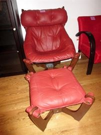 Super looking leather chair and stool, we have 2 of these chairs.