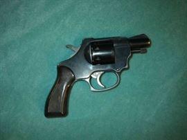 Kimel 5000, 32, revolver