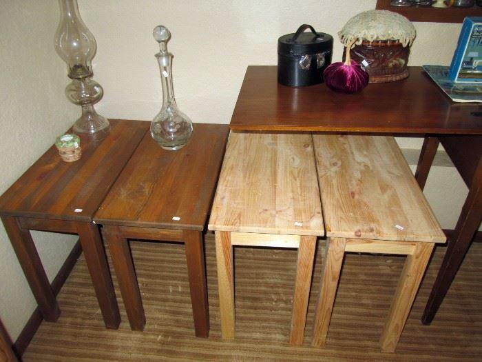 Basement: 4 small table, Glass bottles