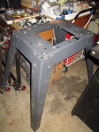 Garage:  Craftsman Table