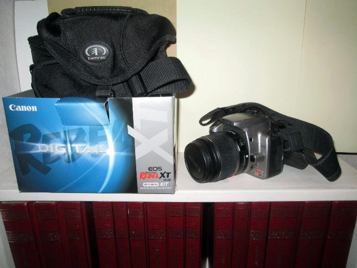 Living Room:  Canon Digital EOS Rebel XT EOS 350D w/EFS-18-55mm lens