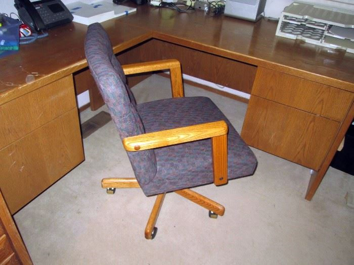 Upstairs Bedroom Right: Office Chair, Oak Desk