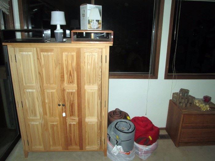 Upstairs Bedroom Left:  TV Cabinet, Lamps, 3 Sleeping Bags