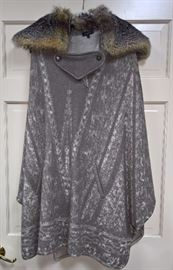 CL F1 -  Etro Pattern Knit Poncho with Fox Fur Collar   Size M