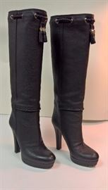 52  - Gucci  Black Pebble Leather Boot with Braided Tops  Worn   Size  37.5